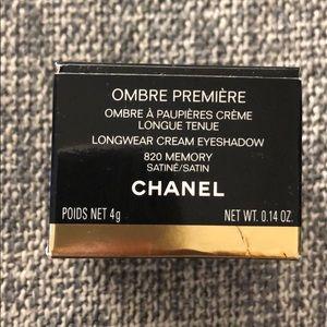 Chanel cream eye shadow